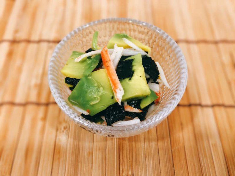 超速副菜 アボカドとカニカマの海苔ナムル